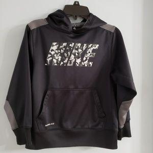 Nike hooded sweatshirt boys size Small